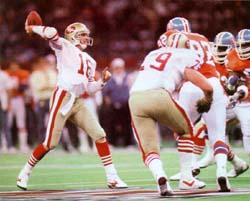 Montana al passaggio durante il Super Bowl XXIV